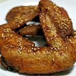 アメリカでも大人気の「テリヤキ」味のウィングス(鶏手羽先)。フィンガー・リッキン・スタイル!!