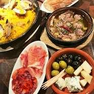 歓送迎会にもぴったりなコースをご用意。おしゃれな空間に、料理長自慢のスペイン料理で歓送迎会はいかがですか?スペインの伝統料理を詰め込んだコースで門出をお祝い。