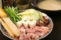 【絶品スープにジューシーな鶏肉がたっぷり!ボリューム抜群、二人前~】水炊き(コラーゲンたっぷり鍋)