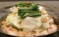 地産地消を意識して使う鶏肉は道産の厚真町の桜姫鶏を使用しています。新メニューの『ささみヅケ卵黄添え』は新鮮な素材だからこそ楽しめる逸品。漬けダレの旨さをまとったささみと卵黄の相性が抜群です。
