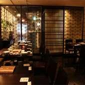 お洒落な雰囲気の漂う名古屋駅前の芋蔵のテーブル個室
