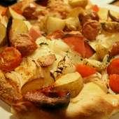 お肉のピザ