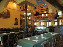 開放感のある店内でイタリア料理を堪能