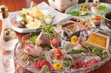 大事な方との接待やお食事会に◎ 飲み放題には広島銘酒『雨後の月』を含みます。
