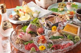 カワハギの生ちり・国産和牛ヘレステーキ等、旬の味覚を贅沢にご用意したプランです。※事前予約