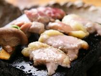 淡海地鶏 溶岩石焼き 1155円