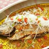 ニンニクオイルが食欲をそそる『鮮魚のロースト』