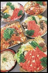 カプサイシンたっぷり辛さがうまいキムチ鍋・コラーゲンたっぷりプルコギ鍋を、ぜひご賞味ください。