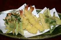 天ぷらいろいろ盛り合わせ