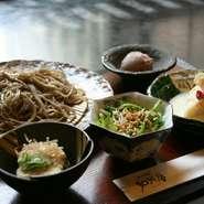 揚げだしそば豆腐(ハーフ)・ミニサラダ・ゆば巻き・そば・デザートがついてお値打ち価格設定。