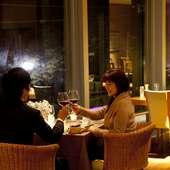 外の景色を眺めながらのお食事を