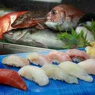 千葉県船形漁港より直送される最高の旬の地魚ばかりにぎったお寿司。山梨ではここでしか味わえません