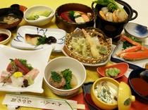 旬の食材をふんだんにを使用、コース料理(3150円より)