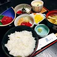 マグロのぶつ切 鮪山かけ まぐろ納豆  の豪華三点盛!お腹いっぱい召し上がってください!