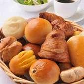 【石窯焼き立てパン】かぼちゃハウス自慢のパンです★