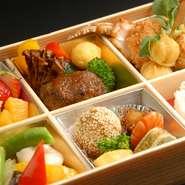すべてオリジナルなお弁当、松花堂弁当~オードブル、おつくり致します。催事や、お祝い、会議弁当、仕出し、法事、その他ご予算に応じたお弁当おつくり致します。何なりとご相談ください。配達も致します。