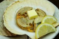 北海道を代表するお魚「きんき」を昆布の出汁だけで煮た湯煮。煮付けもご用意しておりますが、当店では湯煮をおすすめしております。絶品です! 是非一度ご賞味下さい。