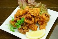 北海道名物ジンギスカンを熱々の石鍋でお召し上がりください。