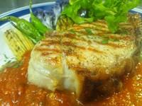 カラブリア名物ペパロニ『ンドゥイヤ』風味 - Maiale alla griglia della pitata con salsa marinara -