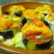 - Melanzane con ricci di mare gratinate alla pizzaiola -