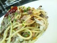 """- Spaghetti pancia di maiale e """"Yamaimo"""" con funghi abbrustoliti alle acciughe -"""