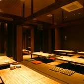 4名から最大90名まで対応の大宴会場も、全個室対応可