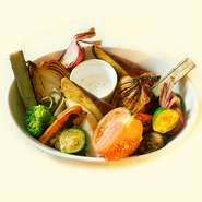 オーブンでじっくりと焼き上げた香ばしく自然な甘みたっぷり。野菜本来の味をお楽しみ下さい。