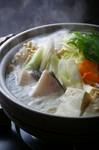 <内容> ・セイロ蒸し ・手作り豆腐 ・刺身盛り合わせ(小) ・炭火焼き(肉・干物)(小) ・ホタテご飯 ・お漬物盛り合わせ