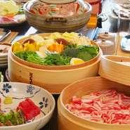 <内容> ・ステーキ ・手作り豆腐 ・刺身盛り合わせ(小) ・炭火焼き(干物)(小) ・ホタテご飯 ・お漬物盛り合わせ