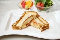 チーズとアンチョビポテトサラダ  (サラダ・フルーツ付)