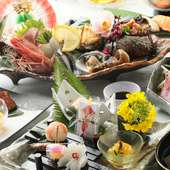 日本の四季を味わう懐石料理をお楽しみいただけます