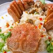 北海道直送の毛ガニを使用した「毛ガニと卵白の炒め」です