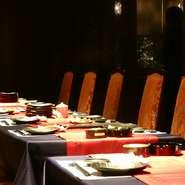 お洒落な完全個室です。通常5名様からのご利用でお料理お一人様4500円から承ります。ルームチャージはございません。 お早めにご予約下さい