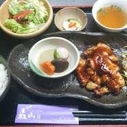 鶏の照り焼き定食