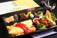 ふわふわオムレツ・わらびもち・黒蜜・野菜の煮物・漬物・ケチャップライス・鶏の照り焼き・ からあげ・エビフライ・タルタルソース