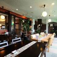 「第7回淡路島創作料理コンテスト」最優秀賞受賞の「七福贅沢素麺」「淡路牛丼」など、逸品料理をお楽しみいただけます。ぜひ、お試しください。