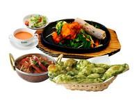 ・サラダ・スープ・タンドリーチキン&シシカバブ・カリー(メニューから選べます)・ナン(メニューから選べます)