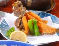 魚のから揚げでは一番うまい! 2度揚げしているから頭まで食べられます。