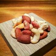 枝豆をペペロンソースであえました