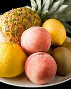 『旬の果物のスープ仕立て』などフルーツメニューもあります
