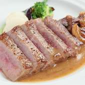 厚切りカットが食欲をそそる『和牛サーロインステーキ』