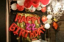 5000円⇒4000円☆ バルーンでお部屋を装飾!サプライズケーキはお客様から写真データを頂きプレートに印刷