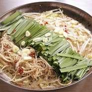 酒造友添が18年間守り続けた伝統の味。醤油ベースのさっぱりとしたスープが身上。