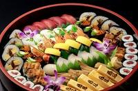 当店の寿司は新鮮さが自慢です。 本物の味をお楽しみください