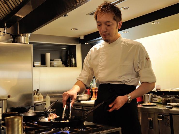 温度と香りを大切にした料理を提供しています