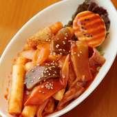 老若男女問わず、食べやすい味付けの韓国家庭料理