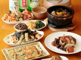 身近な食材「豚肉」や「鶏肉」は、丁寧に仕込んで使います