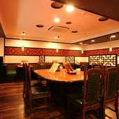 1階は宴会場としても利用できる広々空間