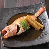季節によって変わる旬の魚ならではの旨さを味わう