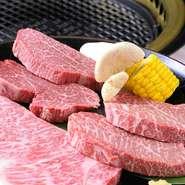 サーロインステーキ、ヒレステーキなど、自慢の鳳来牛をたっぷりとリーズナブルな価格で味わえるセット。